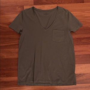 Women's J. Crew Olive V-Neck Garment Dyed Tee.